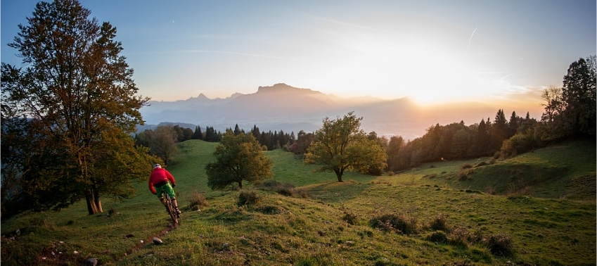 mountain-bike-sunset-